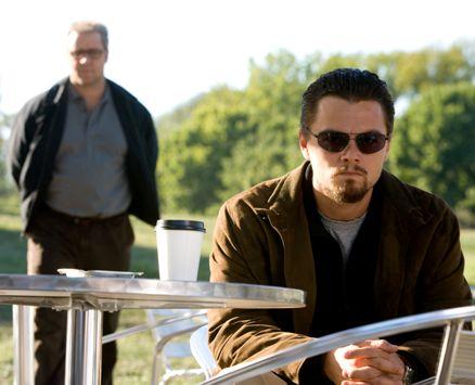 """Leonardo Di Caprio e Russell Crowe em """"O Corpo da Mentira"""" (2009)"""