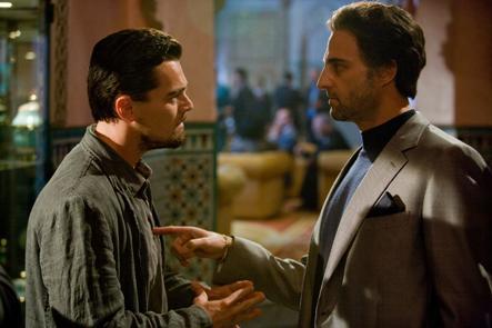 """Leonardo DiCaprio e Mark Strong em """"O Corpo da Mentira"""" (2009)"""
